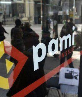 ¿Desaparece el PAMI? Macri quiere que los gremios le den la obra social a sus jubilados