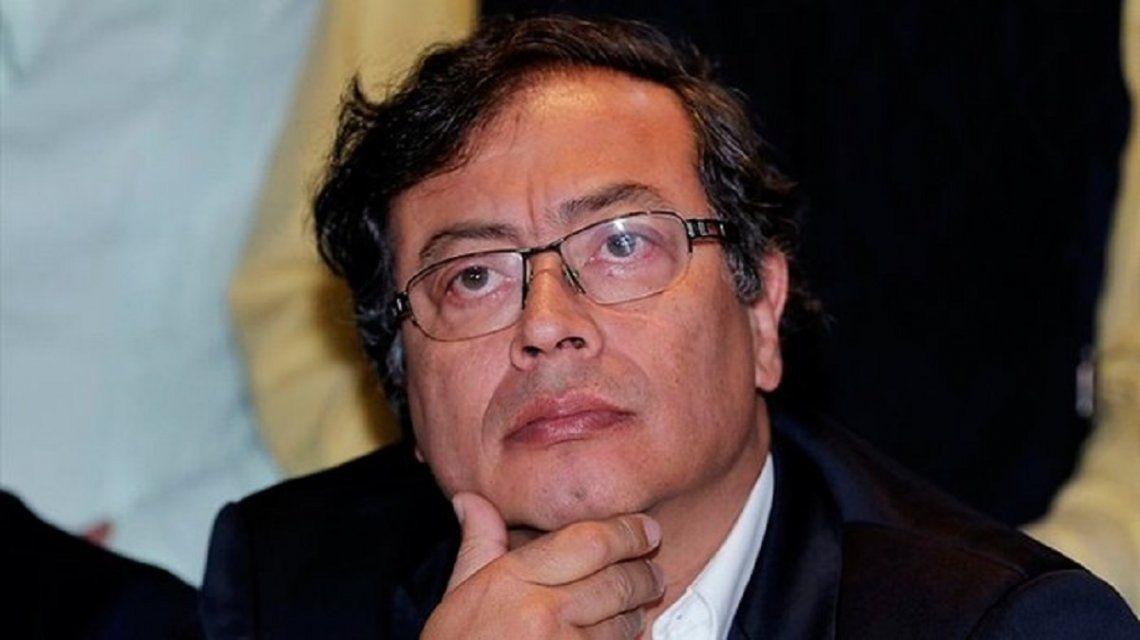 En plena campaña atacaron a un candidato presidencial en Colombia