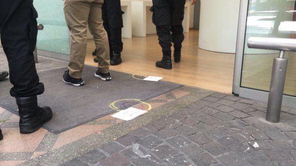 Los restos del tiroteo en el local de Palermo<br>