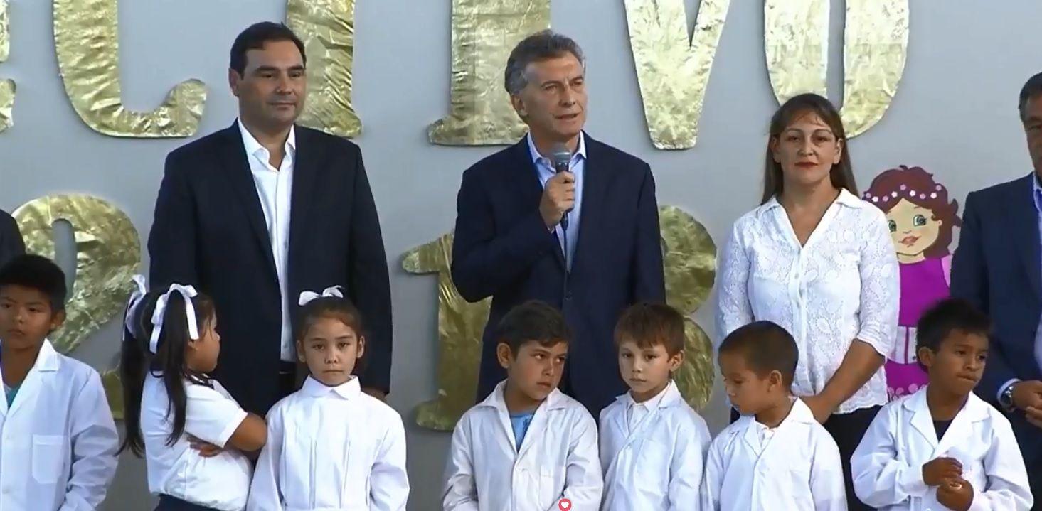 Macri inauguró el ciclo lectivo con más de cinco millones de chicos sin clases por el paro docente