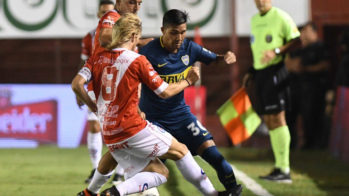 Tevez no fue a La Paternal y Boca perdió con Argentinos Juniors