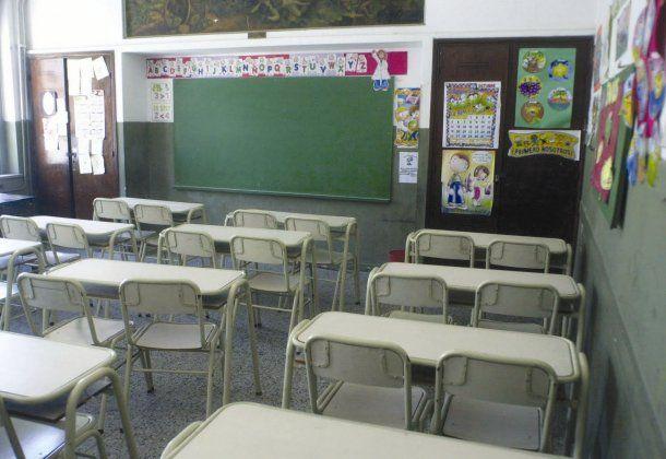 Paran los docentes bonaerenses en reclamo de mejores salarios<br>