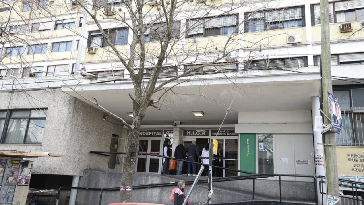 Hospital Rossi: se cortó la energía eléctrica y terminaron operando con la luz de los celulares