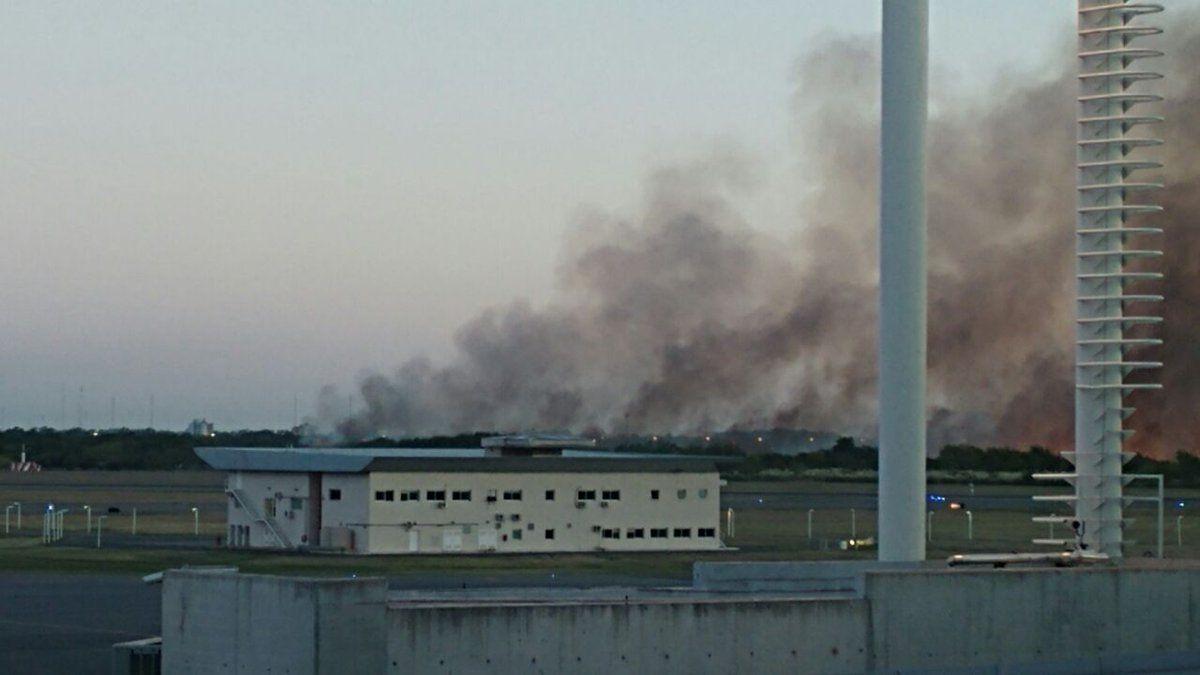 Así se vían las llamas desde el Penal de Ezeiza