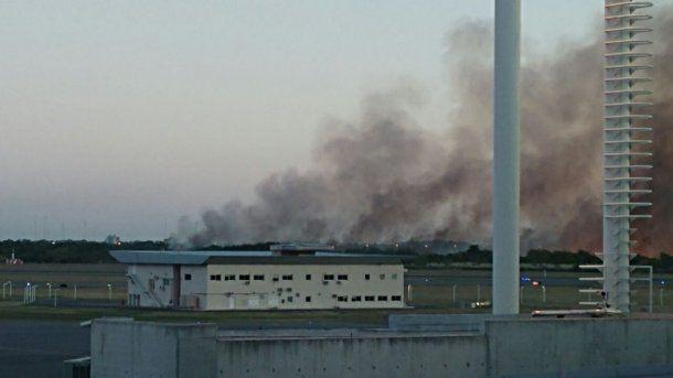 Así se vían las llamas desde el Penal de Ezeiza<br>