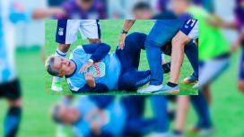 Brutal golpiza a Luis Ventura en un partido de la Primera D