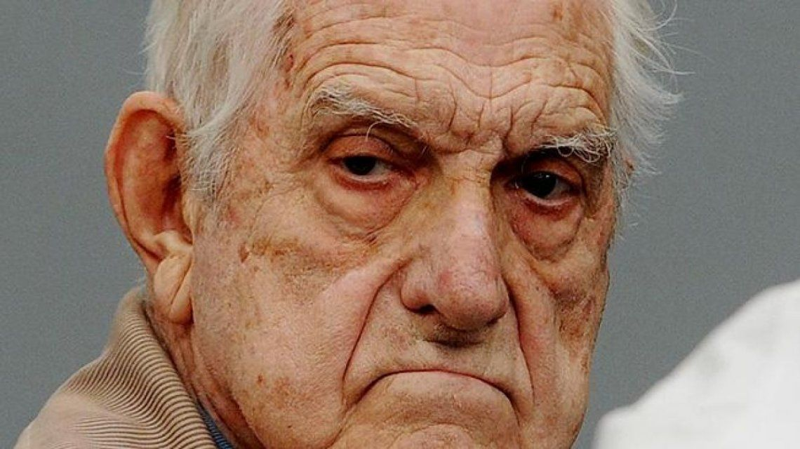 Murió el último dictador en el poder:¿Quien era Reynaldo Bignone?