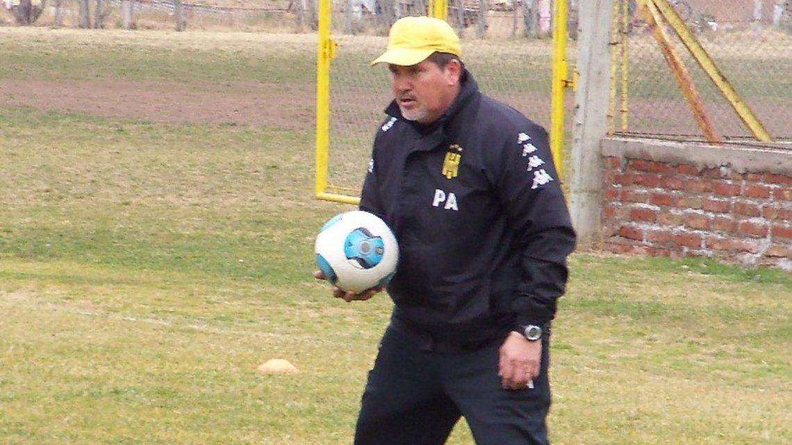 Enzo Farías fue separado de su cargo en Olimpo tras la denuncia por abuso sexual