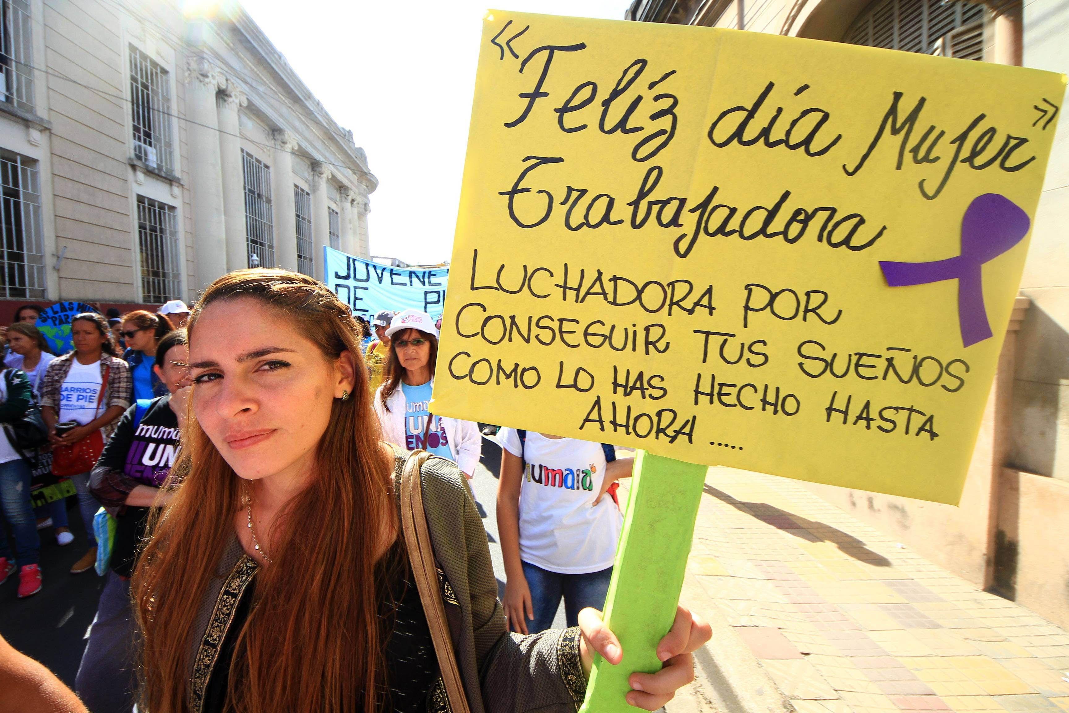 Las mujeres se movilizaron por el Día Internacional de la Mujer.