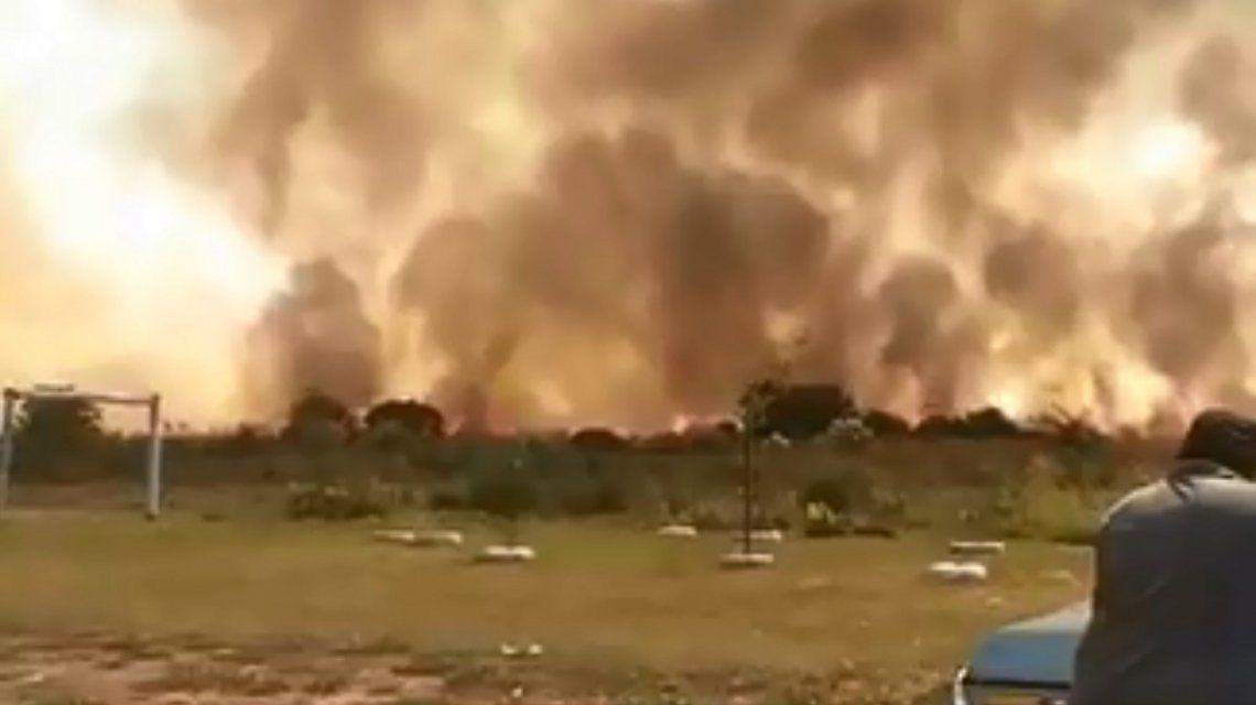 Incendio en un predio militar de Merlo