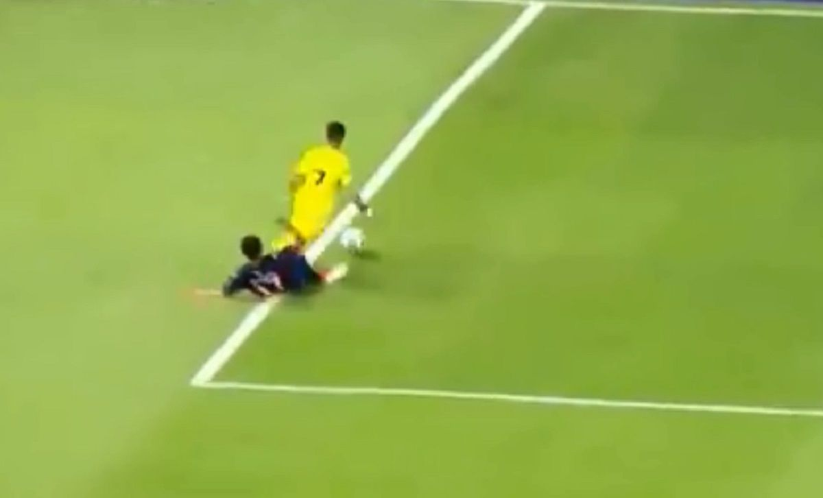 Falta de Pérez Acuña sobre Pavón en Boca vs Tigre