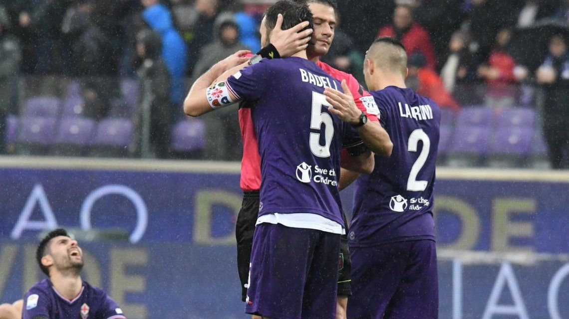 Homenaje de Davide Astori en Fiorentina - Crédito:@acffiorentina