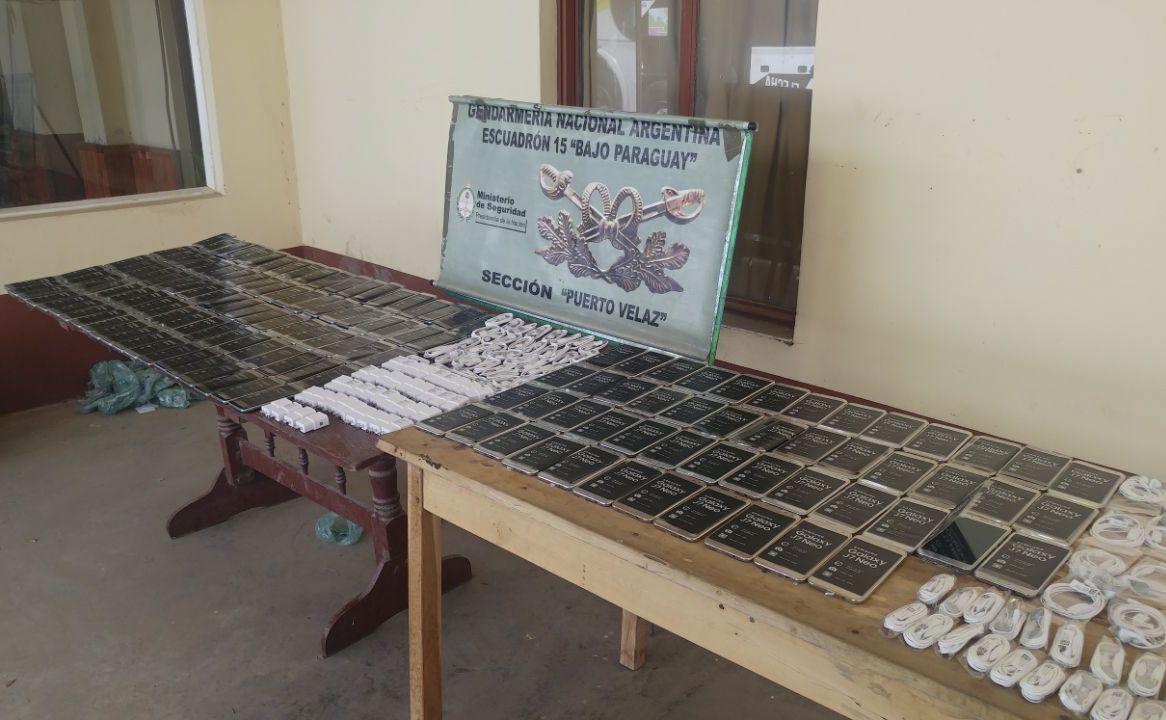 Un procedimiento de Gendarmería Nacional desbarató el tráfico de 150 celulares de alta gama