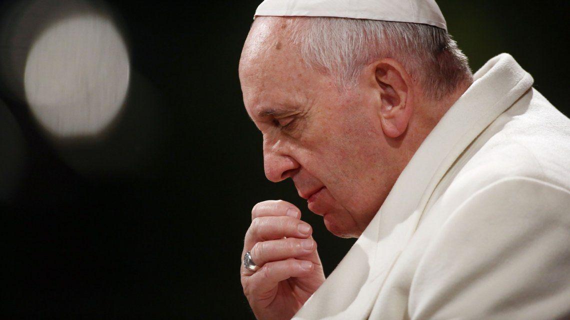 Grave denuncia contra el papa Francisco: lo acusan de encubrir abusos a menores y piden su renuncia