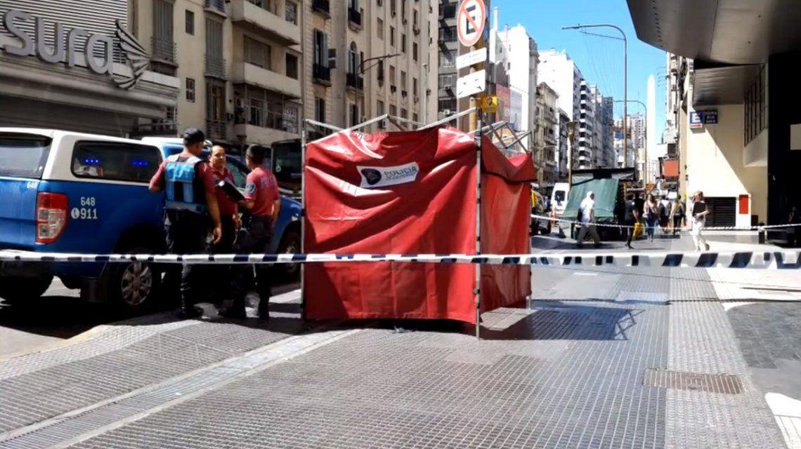 Una turista francesa cayó de un balcón murió en pleno centro porteño
