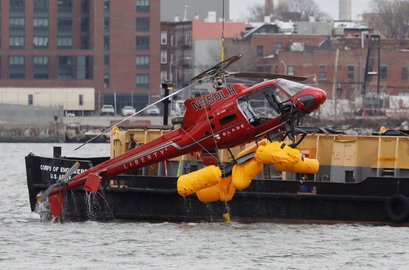 El helicóptero que cayó al East River.