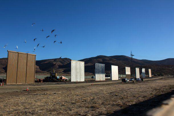 Trump inspeccionará ocho opciones para construir el muro con México