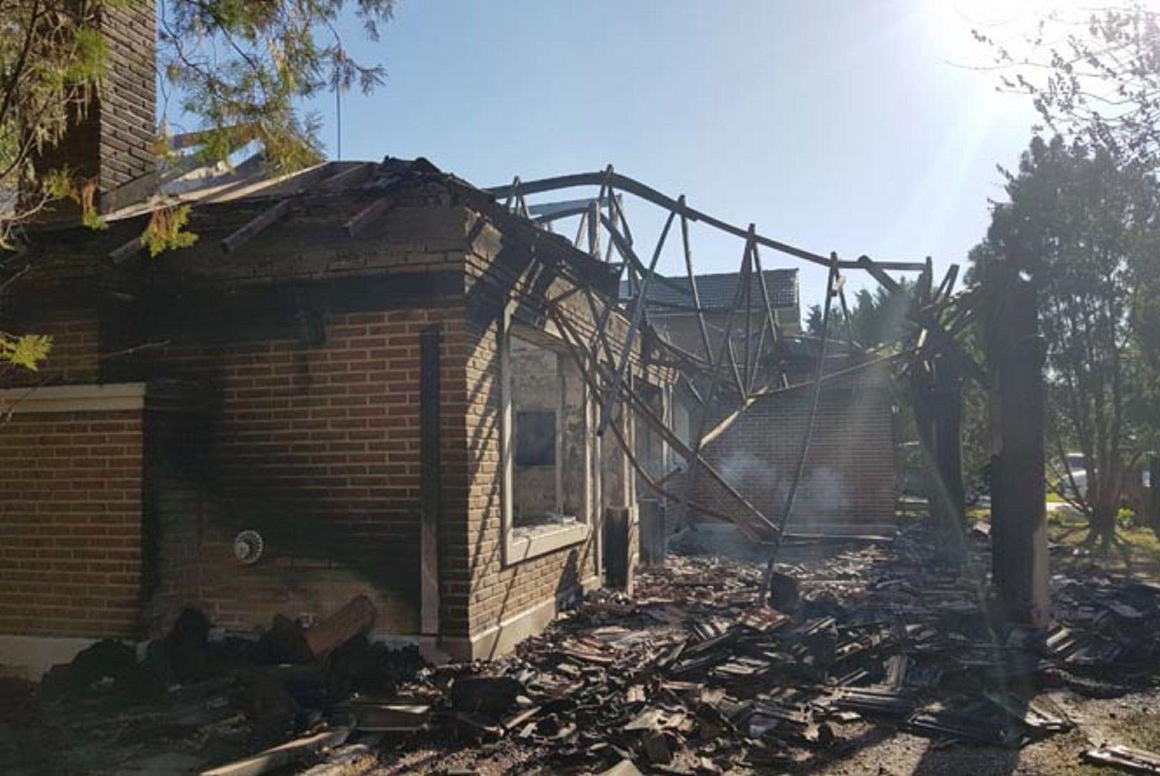 Resultado de imagen para Discutió con su jefe y le incendio la casa
