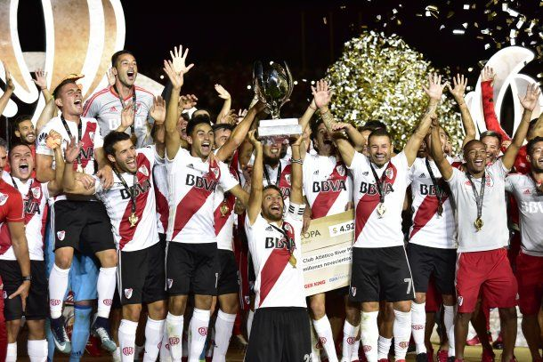 """River campeón de la Supercopa Argentina"""