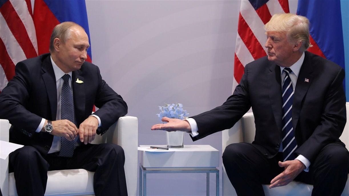Vladimir Putin y Donald Trump mantendrán su primera cumbre bilateral