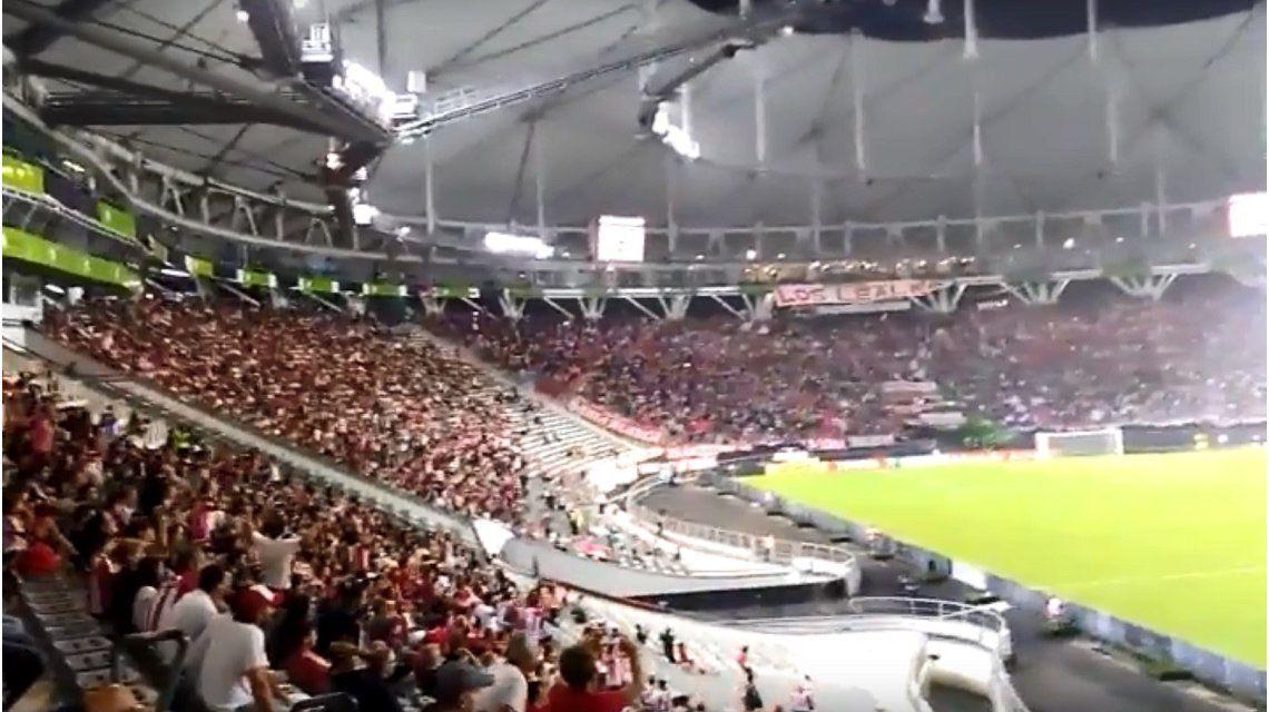 VIDEO: Cayó un rayo en el Estadio Único en el partido de Estudiantes por la Libertadores