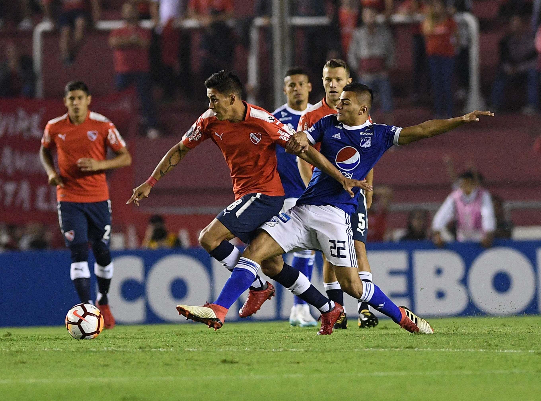 Independiente y Millonarios en el estadio Libertadores de América