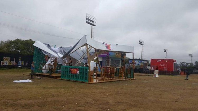 La tercera jornada delLollapalooza fue suspendida por la tormenta.