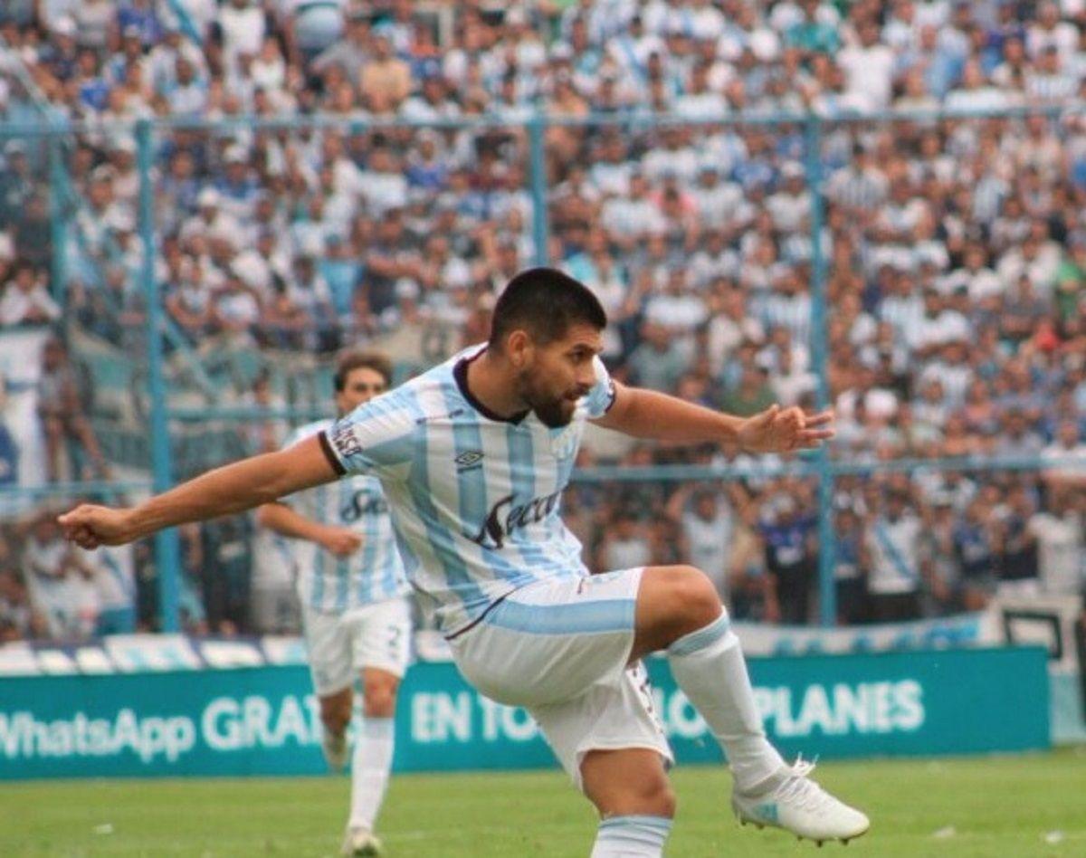 Boca sacó un empate sobre el final ante Atlético Tucumán