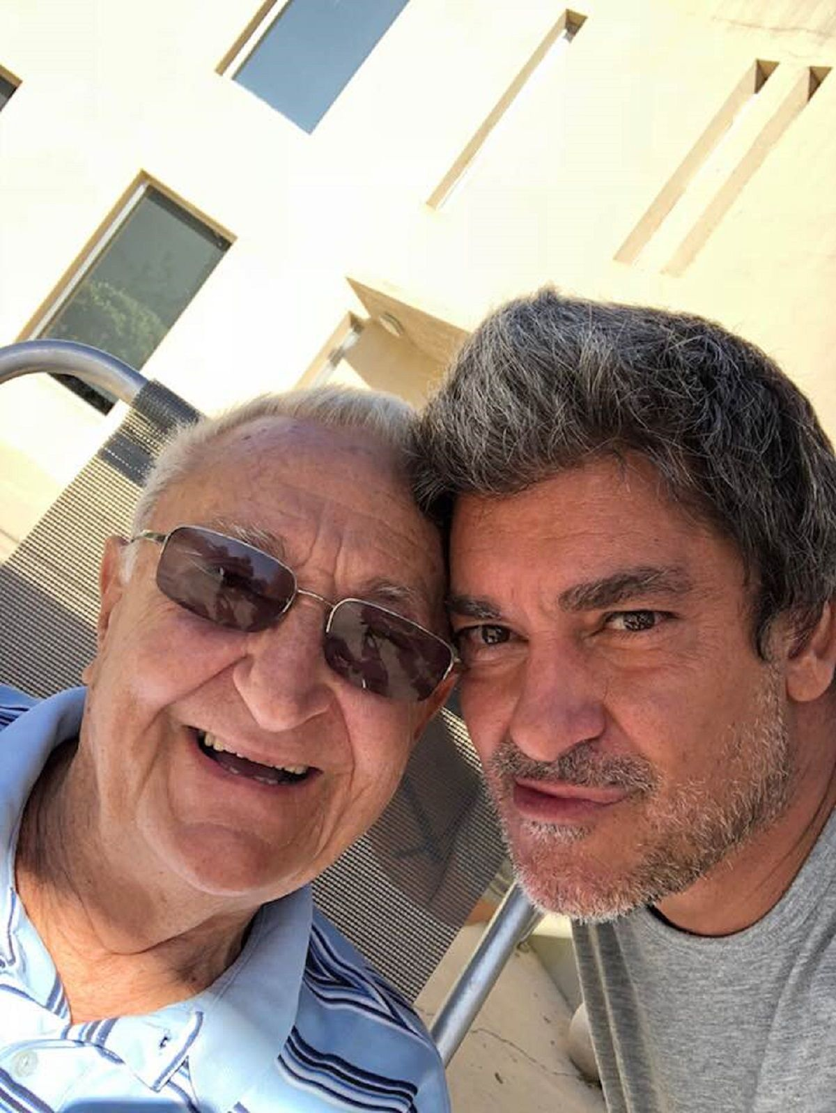 El arquitecto con su hijo Roberto Javier