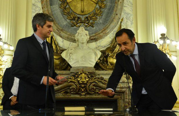 Marcos Peña le toma juramento a Fulvio Pompeo<br>