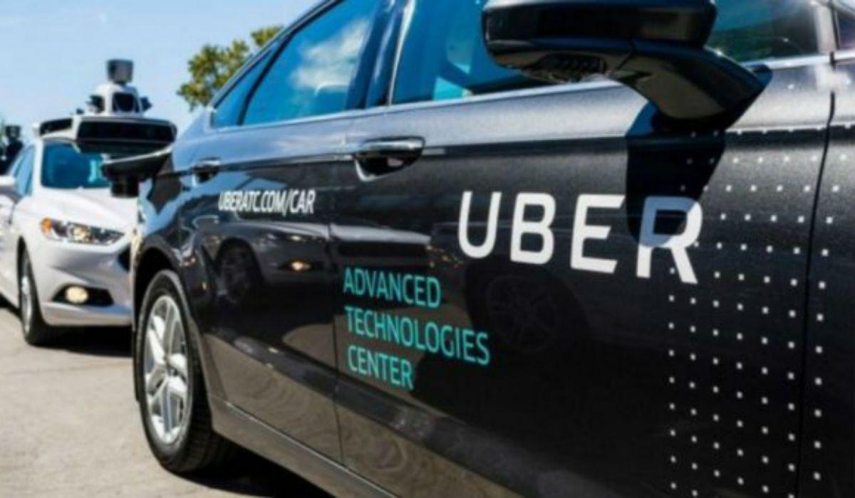 Un auto autónomo de Uber atropelló a una mujer