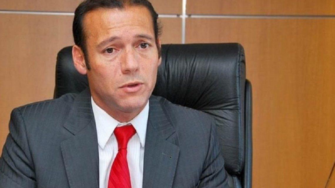 Omar Gutiérrezbusca firmar convenio para facturar a Chile las prestaciones de sus ciudadanos en Villa La Angostura.