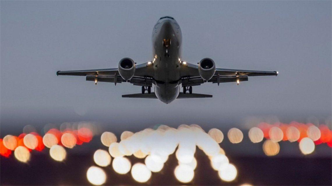 Una nueva aerolínea comienza a operar en el país: no pasará por Buenos Aires