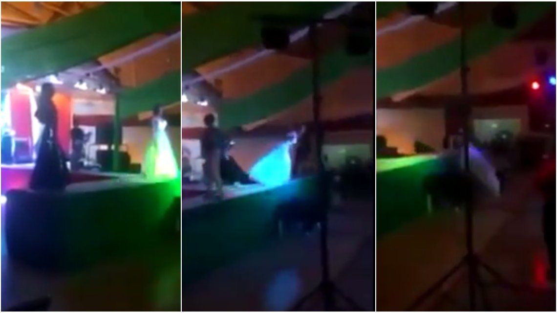 México: salió segunda en un concurso de travestis y tiró a la ganadora del escenario