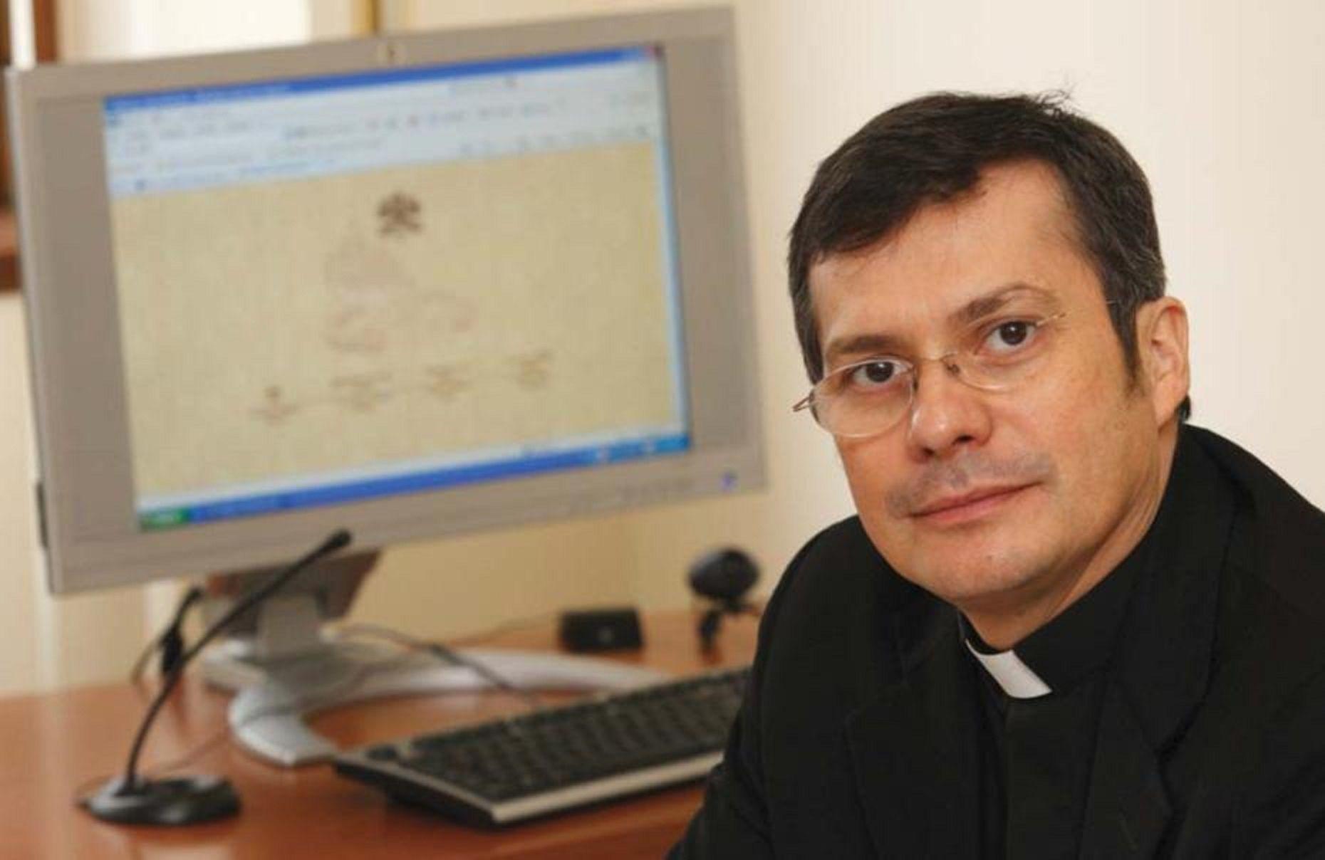 Monseñor Lucio Adrián Ruiz