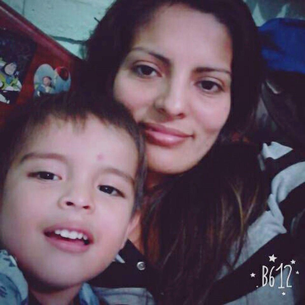 Alexis Mamani y su mamá