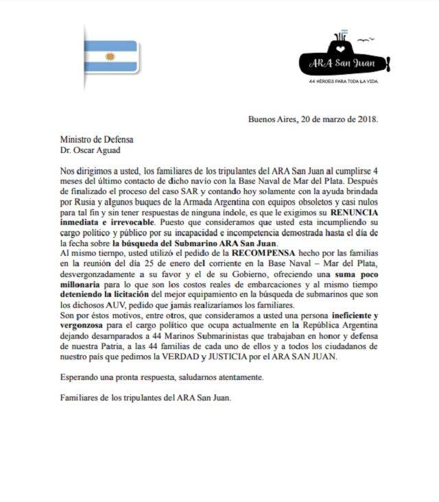 Los familiares de los tripulantes del ARA San Juan pidieron la renuncia de Aguad