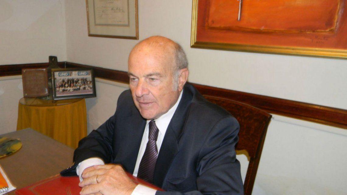 Héctor Suaret