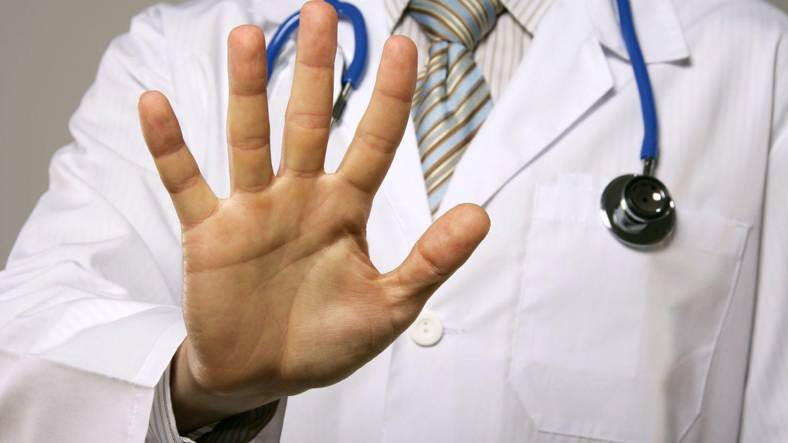 Abusos en consultorios: advierten que son masivos y que sólo 2 de cada 100 víctimas hacen la denuncia