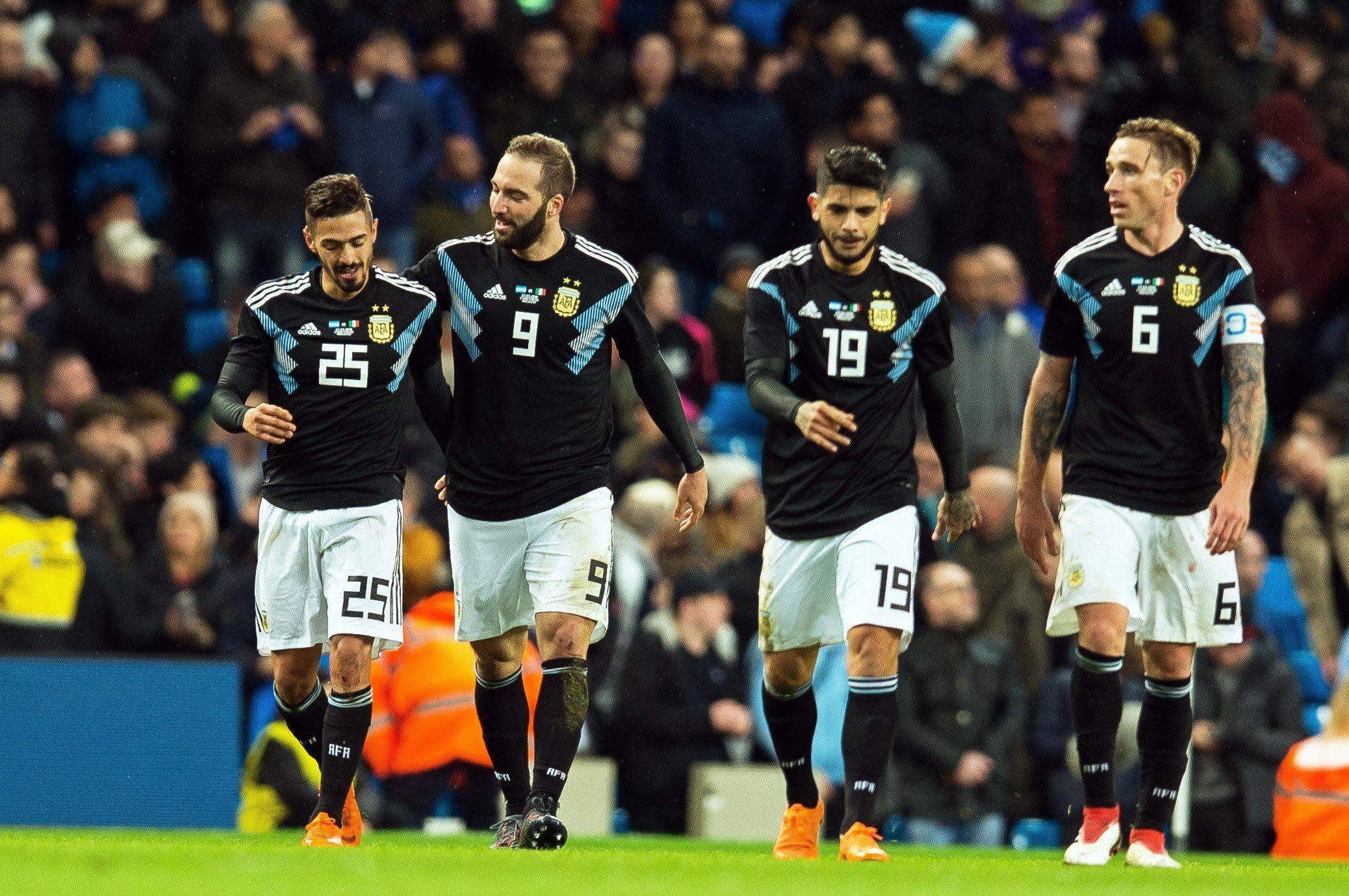 ¡A Rusia, con todo! Argentina le ganó a Italia en Manchester con dos golazos