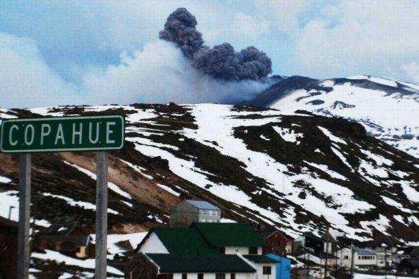 Alerta amarilla para el volcán Copahue
