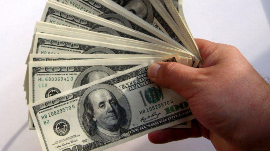El dólar vuelve a subir y cotiza a $21,17