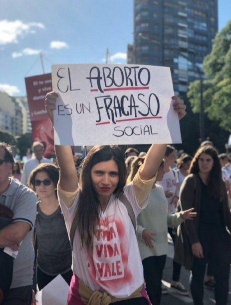 Marcha contra el aborto - Crédito: @AnaBelenMarmora