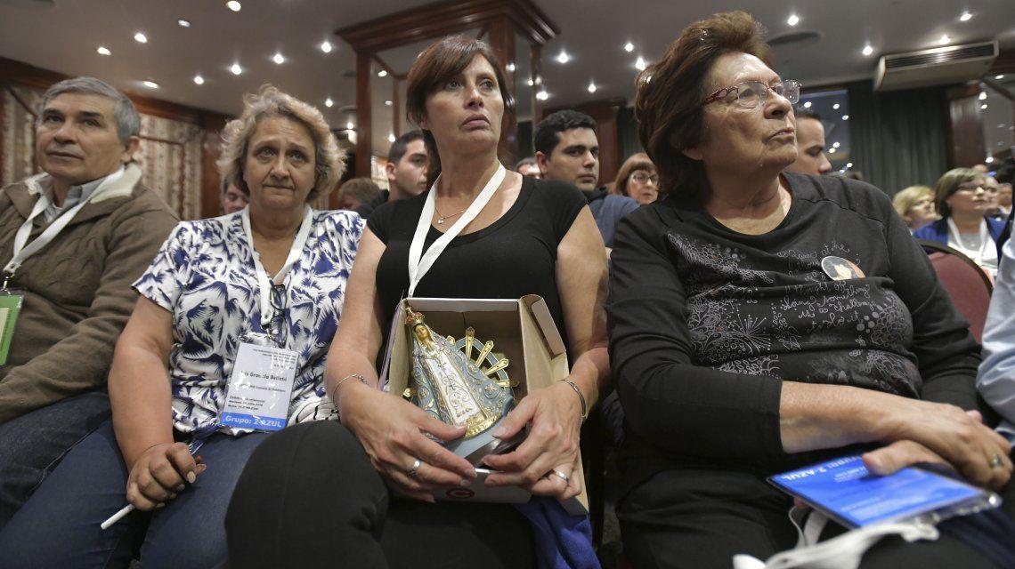 Familiares de los caídos fueron despedidos en el hotel Presidente