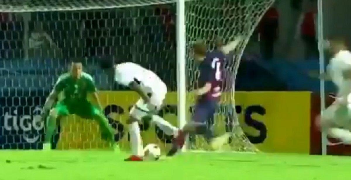 ¿El gol del año? Esta genialidad de Hernán Novick dejó atónitos a todos en el fútbol paraguayo