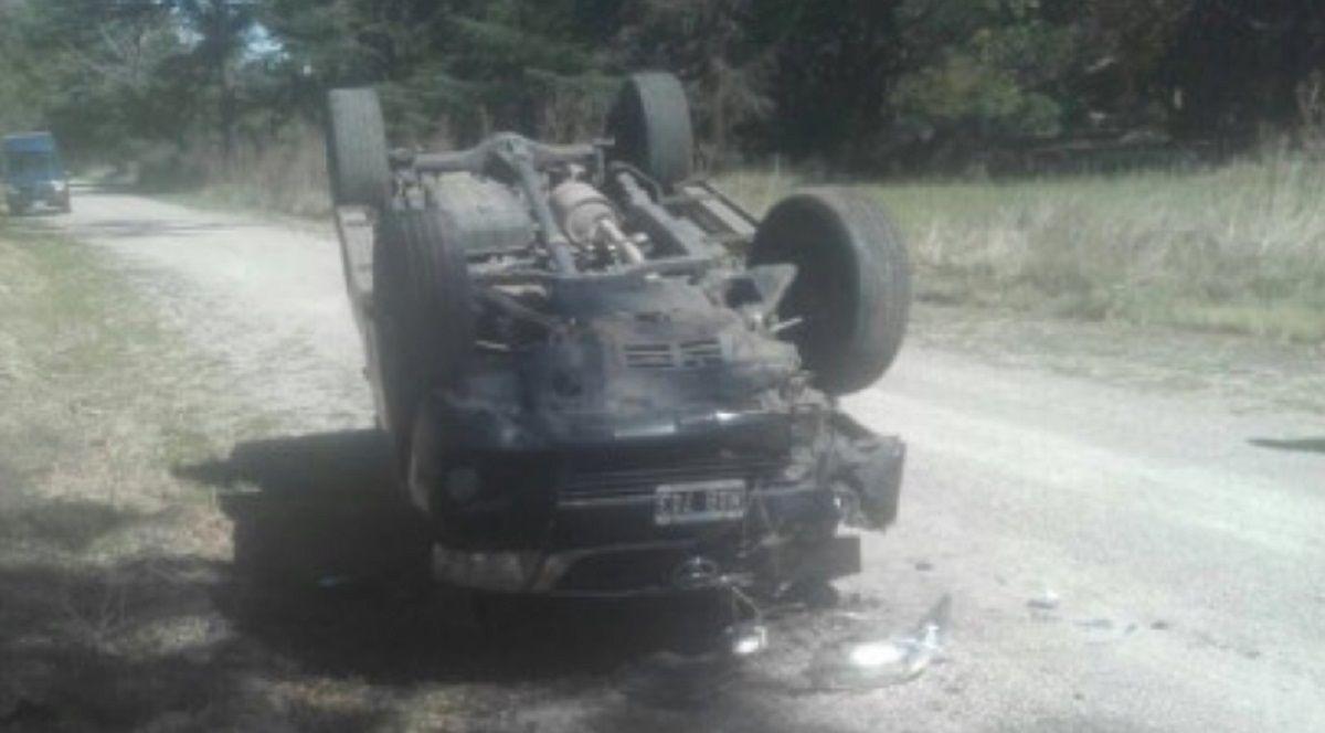 Así quedó la camioneta en la que viajaban los dos jugadores (foto: @Turcolibia)