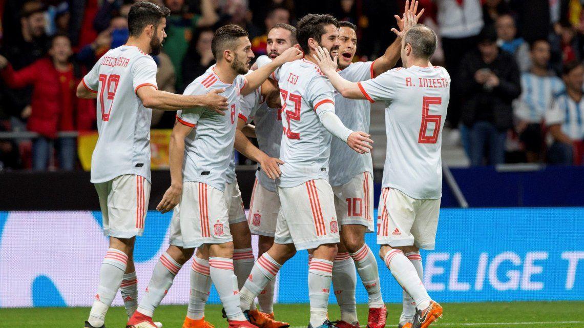 Papelón histórico: España aplastó a la Argentina y se encienden las alarmas a menos de tres meses del Mundial