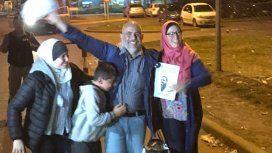 Jorge Yussuf Khalil con su familia al salir de prisión