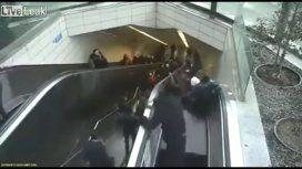 Así se abría la escalera mecánica