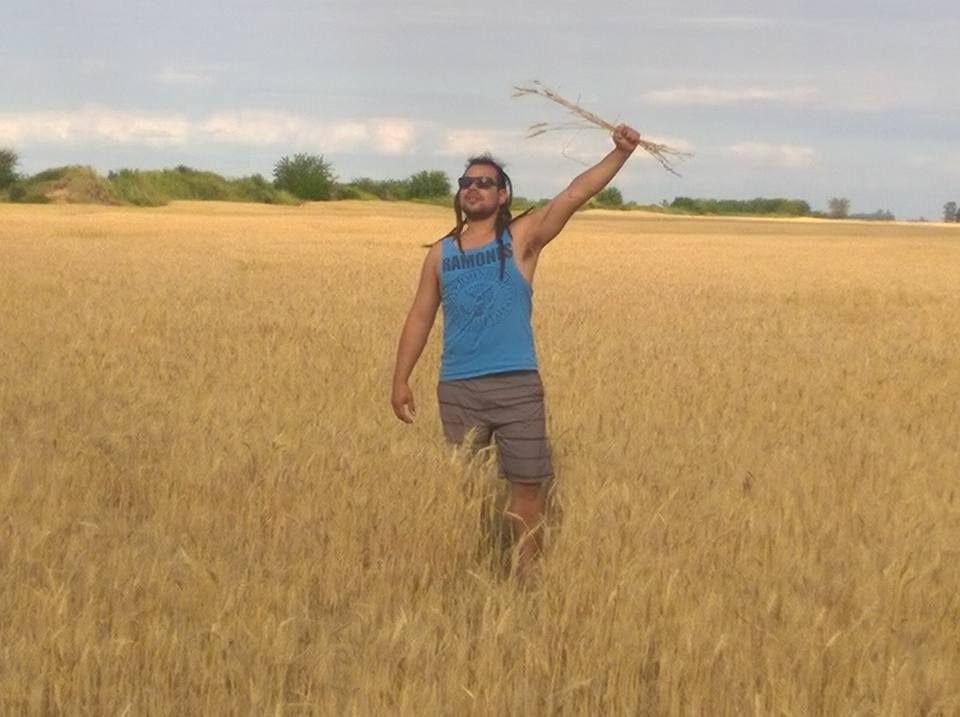 Sebastián Romero en el campo: el Hombre Mortero está en la clandestinidad